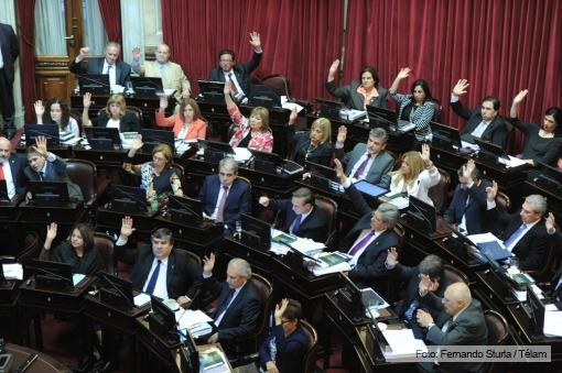 senado_apruebaccc